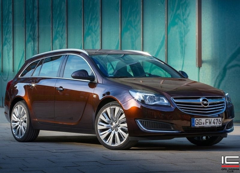 2014-Opel-Insignia-Sports-Tourer-01.jpg